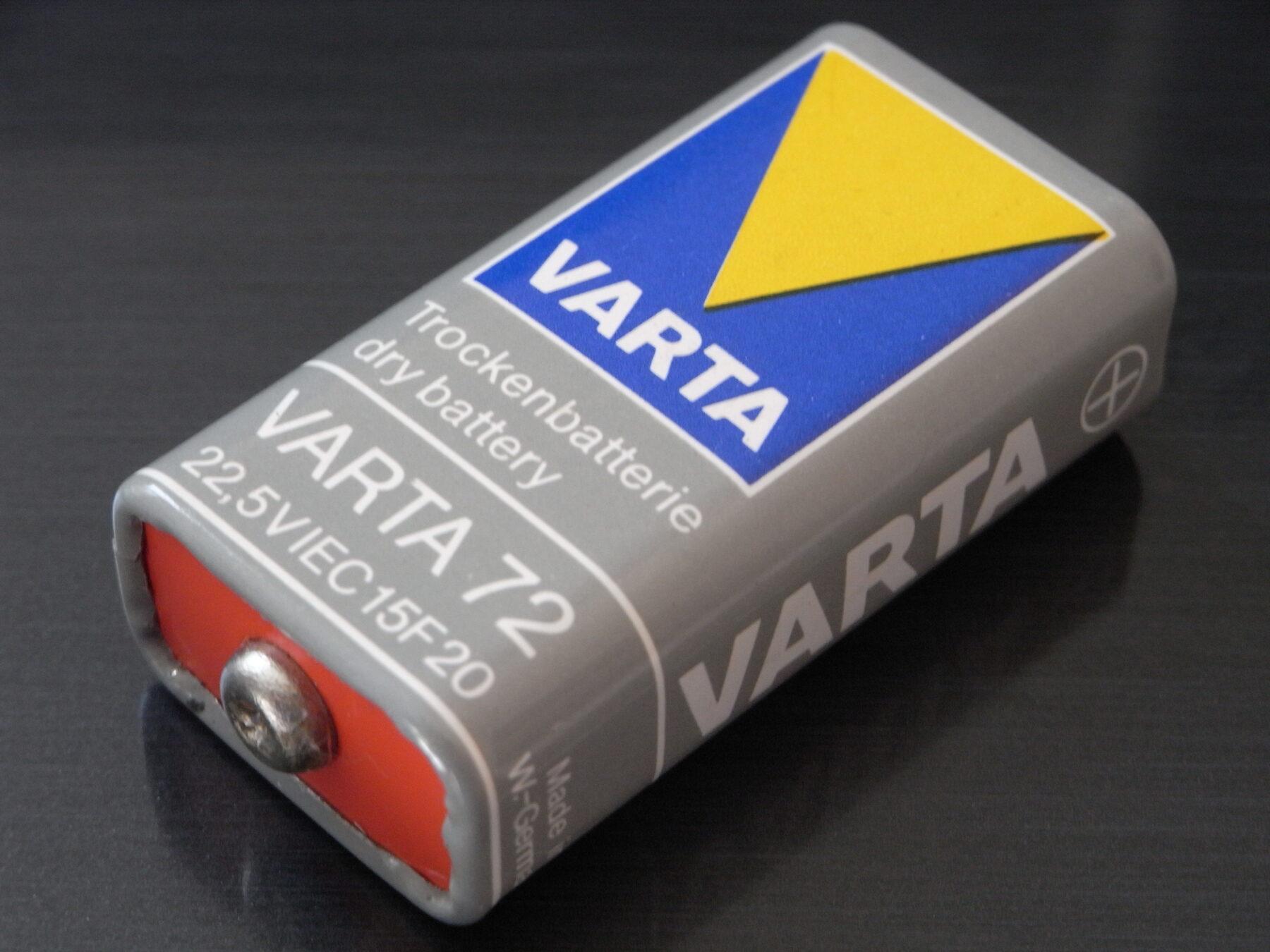 batteria 22,5 volt prima radio a transistor